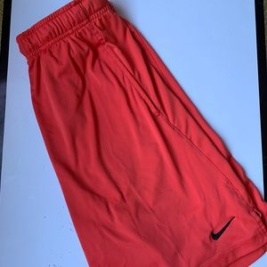 Nike Men's Athletic Shorts Size Medium
